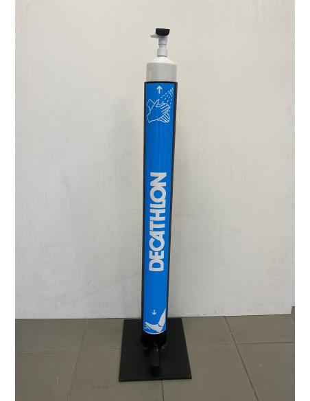 exemple de personnalisation sur borne distributeur gel hydroalcoolique sans contact